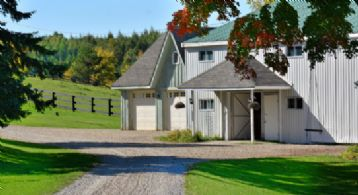 Horse Country, Mono, Ontario, Canada - Country homes for sale and luxury real estate including horse farms and property in the Caledon and King City areas near Toronto