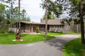 Caretaker's Residence - Country homes for sale and luxury real estate including horse farms and property in the Caledon and King City areas near Toronto