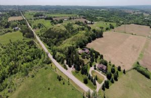 Tree Lined Entrance - Country homes for sale and luxury real estate including horse farms and property in the Caledon and King City areas near Toronto