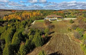 Hockley Valley Vista, Mono, Ontario, Canada - Country homes for sale and luxury real estate including horse farms and property in the Caledon and King City areas near Toronto