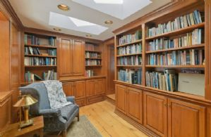 Office/Library - Country homes for sale and luxury real estate including horse farms and property in the Caledon and King City areas near Toronto