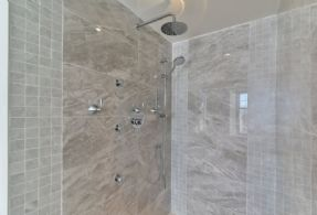 Master Body Jet Shower - Country homes for sale and luxury real estate including horse farms and property in the Caledon and King City areas near Toronto