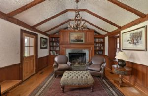 Library - Country homes for sale and luxury real estate including horse farms and property in the Caledon and King City areas near Toronto