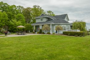 House #1 - Country homes for sale and luxury real estate including horse farms and property in the Caledon and King City areas near Toronto