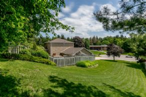 Yard - Country homes for sale and luxury real estate including horse farms and property in the Caledon and King City areas near Toronto
