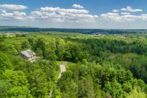 Caledon Hill Top, Finnerty Sideroad, Caledon, Ontario - Country homes for sale and luxury real estate including horse farms and property in the Caledon and King City areas near Toronto