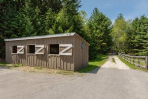 2-Stall Barn - Country homes for sale and luxury real estate including horse farms and property in the Caledon and King City areas near Toronto