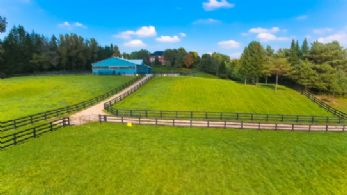 Victoria Meadows, Uxbridge, Ontario - Country homes for sale and luxury real estate including horse farms and property in the Caledon and King City areas near Toronto