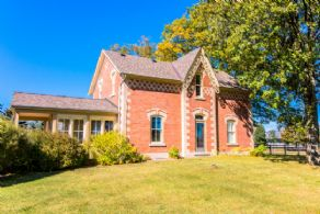 Renovated Century Home - Country homes for sale and luxury real estate including horse farms and property in the Caledon and King City areas near Toronto