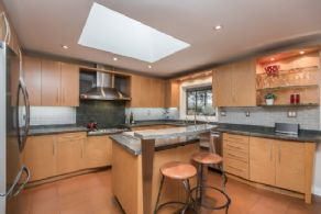 Renovated Eat-in Kitchen - Country homes for sale and luxury real estate including horse farms and property in the Caledon and King City areas near Toronto