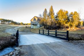 Bridge to Barn - Country homes for sale and luxury real estate including horse farms and property in the Caledon and King City areas near Toronto