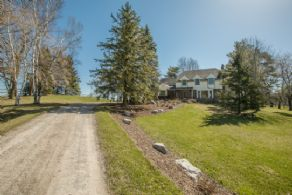 Front Drive - Country homes for sale and luxury real estate including horse farms and property in the Caledon and King City areas near Toronto