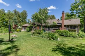 Front Gardens - Country homes for sale and luxury real estate including horse farms and property in the Caledon and King City areas near Toronto