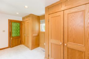 Master Bedroom Change Room - Country homes for sale and luxury real estate including horse farms and property in the Caledon and King City areas near Toronto