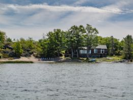 Jones Island - Country Homes for sale and Luxury Real Estate in Caledon and King City including Horse Farms and Property for sale near Toronto