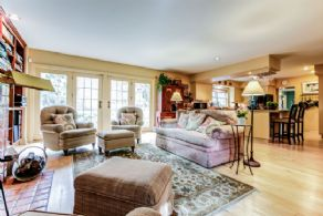 Family Room with Walk-out - Country homes for sale and luxury real estate including horse farms and property in the Caledon and King City areas near Toronto
