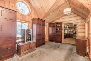 Large Pantry - Country homes for sale and luxury real estate including horse farms and property in the Caledon and King City areas near Toronto