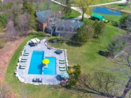 Aerial Picture of Pool - Country homes for sale and luxury real estate including horse farms and property in the Caledon and King City areas near Toronto