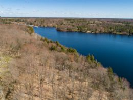 Carling Cove Estates $185,000 - $750,000, Carling Bay, Carling, Ontario - Country homes for sale and luxury real estate including horse farms and property in the Caledon and King City areas near Toronto