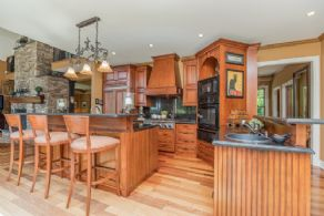 Kitchen with 2 islands - Country homes for sale and luxury real estate including horse farms and property in the Caledon and King City areas near Toronto