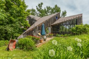Magical, Private Quiet Retreat - Country Homes for sale and Luxury Real Estate in Caledon and King City including Horse Farms and Property for sale near Toronto