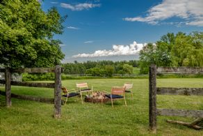 Firepit - Country homes for sale and luxury real estate including horse farms and property in the Caledon and King City areas near Toronto