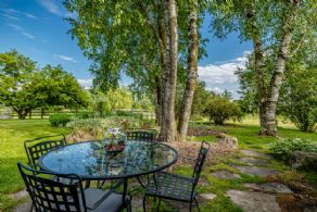 Patio overlooking south garden - Country homes for sale and luxury real estate including horse farms and property in the Caledon and King City areas near Toronto