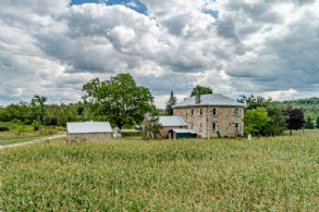 Silver Creek Farm, Georgetown, Ontario - Country homes for sale and luxury real estate including horse farms and property in the Caledon and King City areas near Toronto